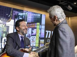 John-Pizzarelli-photo-credit-to-Stephen-Sorokoff